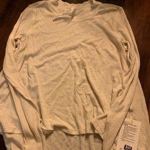 NWT lululemon dare to drape Long Sleeve
